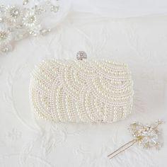 The Bridal Pearl Clutch – Bild