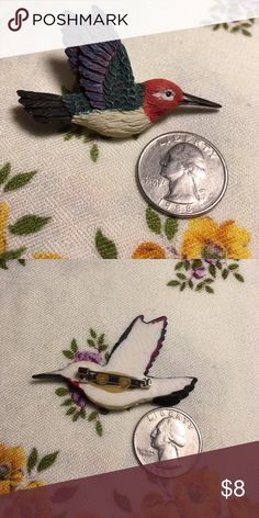 Hummingbird pin Thanks for looking! Check out my closet for hundreds of great finds and save 25% off of bundles! 😸 Vintage Jewelry Brooches