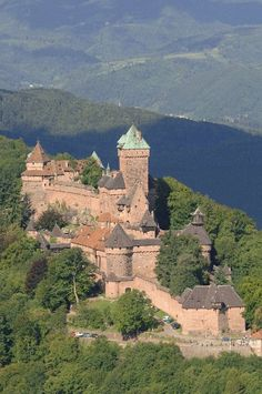 Haut-Koenigsbourg Castle : closed until further notice - Orschwiller Weather In France, Holidays France, Romancing The Stone, Ardennes, Visit France, Paris City, French Countryside, Medieval Castle, Travel Abroad