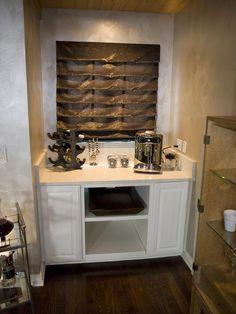 https://i.pinimg.com/236x/59/47/ae/5947ae6d9dbbf4d23bc62e1bec5eeca1--home-bar-designs-kitchen-designs.jpg