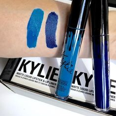 @kyliecosmetics: 15 minutes! The only time the exclusive very limited blue shades will be available for purchase.