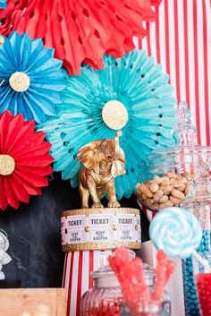 Circus Themed Party Table - Decor from a Circus Carnival Birthday Party on Kara's Party Ideas Circus Party Decorations, Carnival Themed Party, Carnival Birthday Parties, Circus Birthday, Birthday Fun, Birthday Party Themes, Diy Carnival, Carnival Costumes, Dinner Party Table