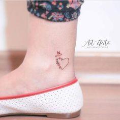 Mini Tattoos, Flower Tattoos, Body Art Tattoos, New Tattoos, Small Tattoos, Tattoos For Guys, Tattoos For Women, Pretty Tattoos, Cute Tattoos