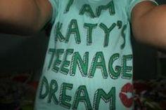 "Katy Perry ""I'm Katy's Teenage Dream"" T-Shirt✨ #KatyPerry #Style #Inspiration"