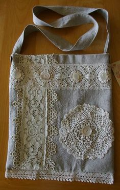 Upcycled linen lace doily tote- great idea of a practical way to use doilies Linens And Lace, Lace Doilies, Denim Bag, Fabric Bags, Sewing Projects For Beginners, Handmade Bags, Handmade Ideas, Handmade Bracelets, Vintage Lace
