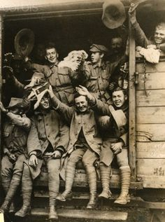 WWI Australian and New Zealand Army Corps troops arrive in France - 42-27956589 - Rights Managed - Stock Photo - Corbis
