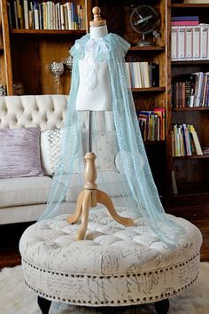 Hey, I found this really awesome Etsy listing at https://www.etsy.com/listing/197904175/preorder-elsa-cape-frozen-elsa-cape-elsa