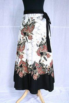 Black n white batik skirt