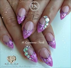 Pretty Orchid Acrylic Nails with Crystals