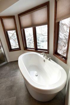 Minneapolis Bathroom Freestanding Bathtub Design