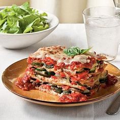 Fresh Vegetable Lasagna - Lighten Up! Recipe: Fresh Vegetable Lasagna This vegetable lasagna showcases a plethora of fresh veggies from zucchini, to mushrooms, to red and yellow bell peppers. Vegetarian Casserole, Casserole Recipes, Vegetarian Recipes, Cooking Recipes, Beef Casserole, Healthy Southern Recipes, Healthy Recipes, Yummy Recipes, Recipies