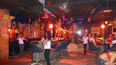 Bar Barretto Inside