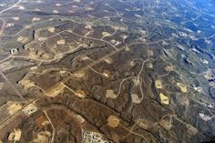 Wastewater from oil and gas drilling is being used to irrigate some California crops. But experts are quick to assure us fracking wastewater isn't included. Formations Rocheuses, Shale Gas, Environmental Issues, Oil And Gas, Wyoming, That Way, Climate Change, Habitats, Colombia