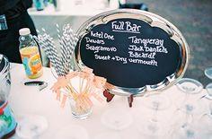 Olha que charme este cardápio de bar...  Cabe em qualquer festa de bom gosto!