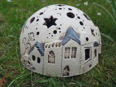 Keramik - Häuserhalbkugel Sternenhimmel - ein Designerstück von connimeyer bei DaWanda