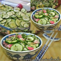 Para o #almoço uma Salada de Pepino Simples ou Sunomono! É rápida, leve, refrescante e com aquela delicia de sabor agridoce que amo! #Receita aqui: http://www.gulosoesaudavel.com.br/2012/09/03/salada-pepino-simples-sunomono/