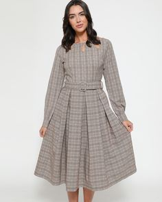 Meet 'Laurel' new this season and available in a pecan check design. Perfect for the upcoming Autumn/Winter season. A must have addition to your wardrobe this season. Vintage Inspired Dresses, Dress Vintage, Models, Winter Season, Swing Dress, Pecan, Vintage Fashion, Check, Inspiration