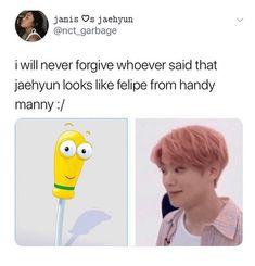 My friend said doyoung looks like the thumb people from spy kids Johnny Seo, Funny Kpop Memes, Jung Jaehyun, Jaehyun Nct, Soyeon, Dad Jokes, Kpop Groups, Taeyong, K Idols