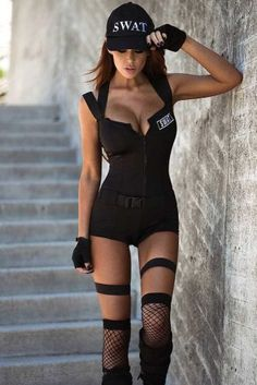 Sexy Halloween Costumes for Women, 2019 Adult Halloween Costume Ideas Unique Halloween Costumes, Halloween Outfits, Costume Ideas, Girl Halloween, Halloween Party, Easy Halloween, Halloween 2016, Swat Police, Costume Makeup