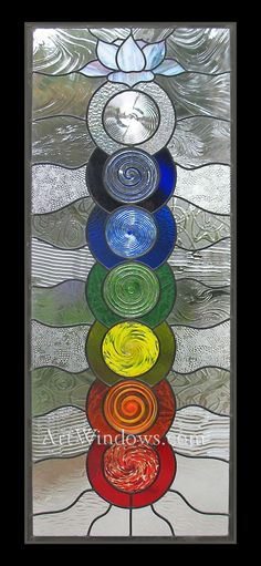 Chakras, meditation and glass. Stained Glass Designs, Stained Glass Panels, Stained Glass Projects, Stained Glass Patterns, Stained Glass Art, Mosaic Glass, Fused Glass, Chakra Art, Lotus Art
