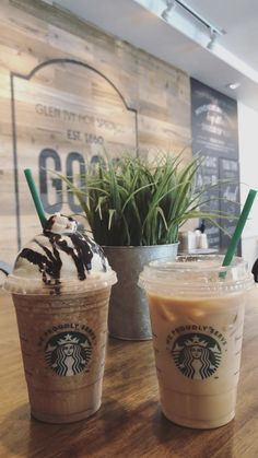 Shop for coffee and learn how Starbucks UK can help you get more out of your coffee. Coffee Love, Coffee Art, Best Coffee, Iced Coffee, Coffee Drinks, Starbucks Uk, Starbucks Recipes, Starbucks Drinks, Aesthetic Coffee