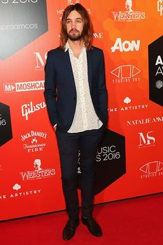 Tame Impala's front man is partial to a jacket, or an open shirt, which is effectively a shacket. Kevin Parker, Tame Impala, Asos Fashion, Fashion News, Men Fashion, Lonely Song, Parker Jacket, Video Game Music, Blazer