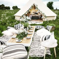We love the idea of a hen party picnic with ! What a gorgeous way to host the girls! Fun Sleepover Ideas, Girl Sleepover, Sleepover Party, Boho Hen Party, Glamping Weddings, Tent Hire, Backyard Birthday, Tent Decorations, Backyard Camping