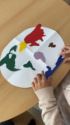 Montessori, Maya, Crafts For Kids, Home Decor, Rote Learning, Play Based Learning, Continents, Baby & Toddler, Game Ideas