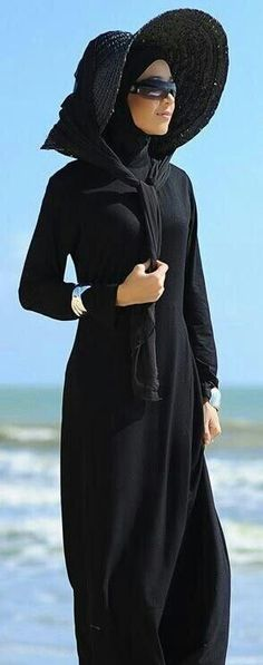 ideas of sun hat with abaya abd hijab (7)