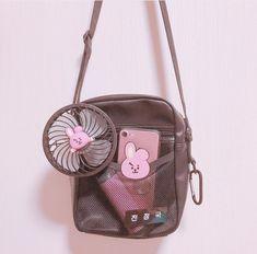 Image about pink in BTS🎼🌸😏 by 🎀💗Shana💗🎀 on We Heart It Mochila Kpop, Bts Doll, Mochila Jansport, Bts Bag, K Store, Flower Bag, Korean Aesthetic, Line Friends, Kpop Merch