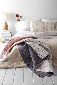Lena Corwin X UO Confetti Throw Blanket - Urban Outfitters