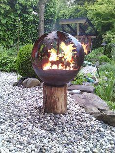 In plaats van een vuurkorf Home And Garden, Bird, Outdoor Decor, Home Decor, Products, Fire Pit Screen, Garden Cottage, Timber Wood, Crafting