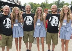 Identical Cousins  -- hilarious jokes funny pictures walmart fails meme humor Identical Quadruplets, Identical Twins, Twin Girls, Twin Sisters, Multiple Births, Twin Day, Glitch In The Matrix, Love Twins, Long Pictures