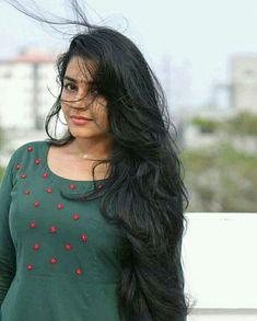 June Movie actress Rajisha Vijayan latest hd images and photos ★ Desipixer ★ Beautiful Girl Indian, Most Beautiful Indian Actress, Beautiful Long Hair, Gorgeous Hair, Beautiful Women, Cute Beauty, Beauty Full Girl, Beauty Women, Long Indian Hair