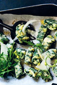 Simple Spinach and Ricotta Gnocchi Recipe Best Pasta Recipes, Gnocchi Recipes, Best Italian Recipes, Ricotta Gnocchi, Fresh Rolls, Entrees, Spinach, Recipies, Dinners