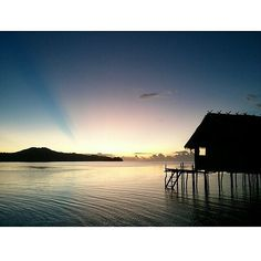 mantap nih!!     diambil sama #papuaphotographers : @ivankusumaadi Lokasi : rajaampat    kesini asyiknya rame rame... ayo mention temen/saudara/sahabat/pasangan yang juga #pengenkerajaampat   #rajaampat #rajaampatisland #rajaampattrip #indonesiaphotographers #rajaampatislands #pengentraveling #pengenkelilingindonesia #pengenkelilingdunia  #explorerajaampat