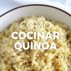 Como Cocinar Perfect Quinoa, with separated grains. Learn to cook it in its sweet or savory version with this recipe. Quinoa Recipes Easy, Veggie Recipes, Mexican Food Recipes, Vegetarian Recipes, Healthy Recipes, Veggie Food, Healthy Cooking, Healthy Snacks, Cooking Recipes