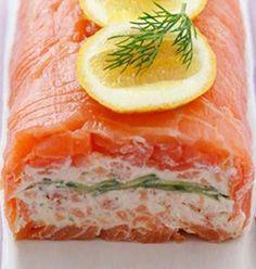 """750g vous propose la recette """"Terrine de saumon fumé au fromage frais"""" publiée par Anne-Charlotte - 750 Grammes."""