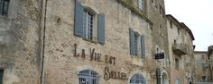 Ménerbes Département de Vaucluse France