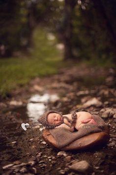 Outdoor newborn photography Amanda McNeal Photography
