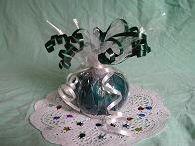 Super easy and customizable balloon weight DIY Balloon Centerpieces, Balloon Decorations, Grandma Crafts, Balloon Weights, Balloon Ideas, Wedding Table Decorations, Balloon Bouquet, Party Stuff, 50th Anniversary