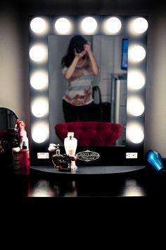 In Love W My Vanity Girl Hollywood Broadway Mirror Muji