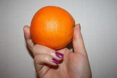 Wykręcona zimowa pomarańcza - pyszny sok!
