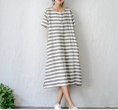 Summer women's vintage elegant fresh loose stripe linen one-piece dress by complus on Etsy Linen Dresses, Cute Dresses, Summer Dresses, Big Fashion, Look Fashion, Fashion Design, Style Feminin, Striped Linen, One Piece Dress