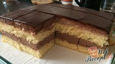 Einfache Pudding-Würfel I have never made a simpler cake. A great taste of pudding combined with the sponge cake. And on top of it the chocolate glaze – to bite. Easy Cake Recipes, Sweet Recipes, Dessert Recipes, Pudding Desserts, No Bake Desserts, Cake Cookies, Cupcake Cakes, Cupcakes, Cake Recept