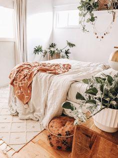 Room Ideas Bedroom, Home Bedroom, Bedroom Decor, Bedrooms, Bedroom Inspo, Bedroom Designs, Girls Bedroom, Cute Room Decor, Aesthetic Room Decor