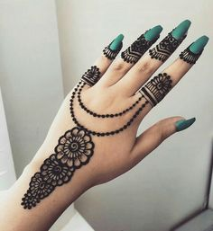 Finding the best Arabic Mehndi Designs - Check out the latest collection of Arabic Mehendi design images and photos for this year. Arabic mehndi designs easy are the most beautiful designs that are in demand. Here Are the Best 25 Arabic Mehndi Design. Henna Hand Designs, Best Arabic Mehndi Designs, Mehndi Designs Finger, Mehndi Designs 2018, Mehndi Designs For Girls, Mehndi Designs For Beginners, Mehndi Design Photos, Mehndi Designs For Fingers, Beautiful Henna Designs