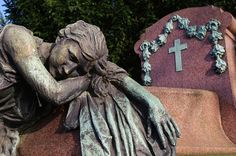 cimetière de laeken - begraafplaats van laken by fabonthemoon, via Flickr