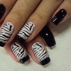 Zebra print nails :)