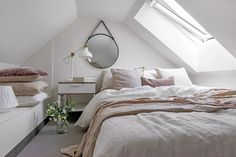 Cosy attic bedroom, would love to wake up here!